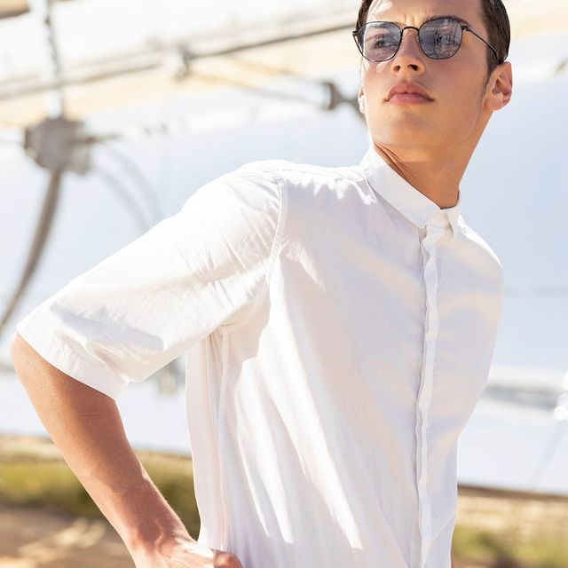 Follow the sun ☀️  סטייל הרוקנרול הקלאסי של דגם DOUGLAS מביא פשטות נקייה וקוליות נטולת מאמץ!  #neverstopchanging